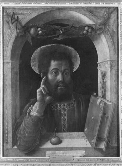 Brustbild des Evangelisten Markus in Fensterrahmung