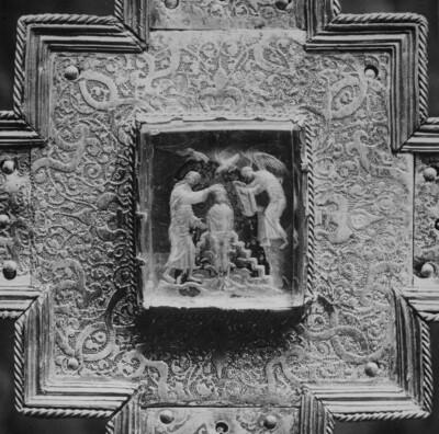 Karolingischer Kristallschnitt: Taufe Christi