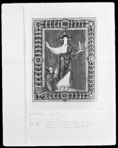 Sakramentar mit eingearbeitetem Graduale — Kniender Mönch vor stehend segnendem Christus, Folio 18verso 78 recto