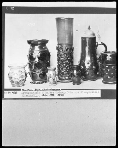 Krautstrünke und andere Trinkgefäße aus Glas