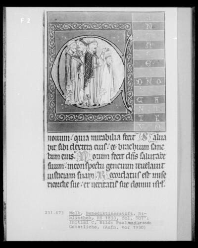 Psalterium, HS 1833: Fol. 107 recto; Initiale C, Psalmodierende Geistliche
