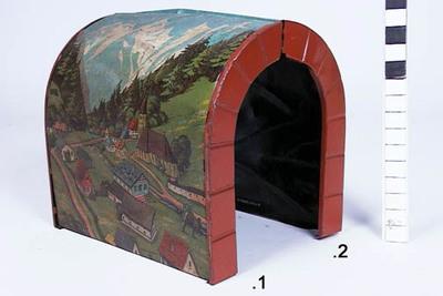 Tunnel bestaand uit 2 delen