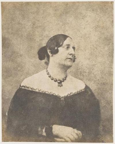 tirage photographique ; Delphine de Girardin, de face