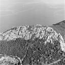 Vue aérienne de l'emplacement de l'habitat fortifié du Ve siècle (Les Mèdes, Porquerolles, Hyères, Var).