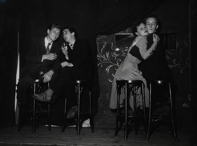 Festland Berlin: Günther Pfitzmann, Wolfgang Gruner, Ann Höling, Joe Herbst; Regie Wolfgang Neuss