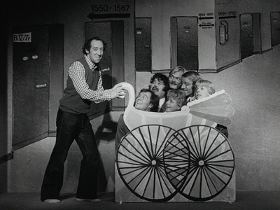 Die Gehaltserhöhung: Dieter Hallervorden, Rudolf Kronberg, Klaus Dahlen, Wolfgang Condrus, Ingeborg Wellmann, Wolfgang Wiehe, Edith Elsholtz