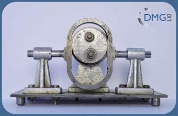 Scotch Yoke Mechanism with eccentric disc