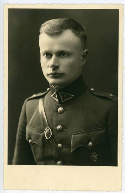 Dovydas Zolinas. Kelmės šaulių vadas Jonas Rusas. 1940-04-11
