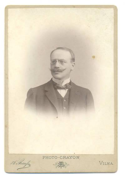 Aleksandras Vladislovas Štrausas. Vyro portretas. 1900