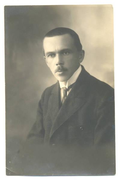 Nežinomas fotografas. Vyro portretas. 1940