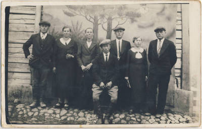 Nežinomas fotografas. Žiogų kaimo jaunimas. 1940