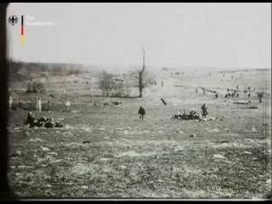 Erster Weltkrieg - gestellte Kampfaufnahmen