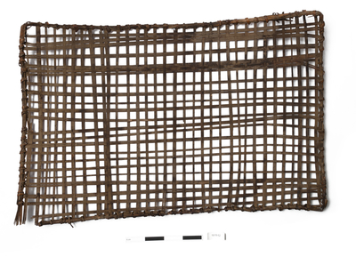 fish trap (trap (hunting, fishing & trapping))