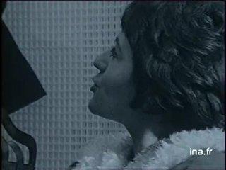 Film de Michel Audiard Elle fume pas, Elle boit pas, elle drague pas mais elle cause
