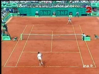 Finale messieurs à Roland Garros : Premier set Sergi Bruguera opposé à Courier