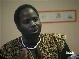 Bouba Touré au local des sans papiers et dans un foyer, sur l'exploitation des clandestins