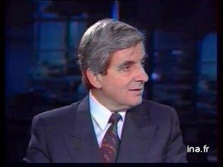 InLe ministre de la Défense Jean-Pierre CHEVENEMENT précise la mission des forces navales françaises dans le Golfe