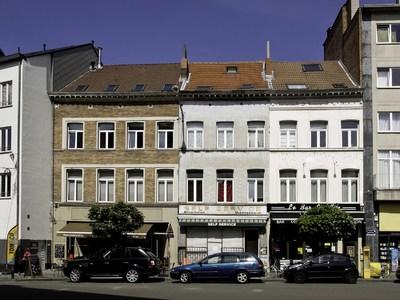 Place Fernand Cocq 27, 28, 29