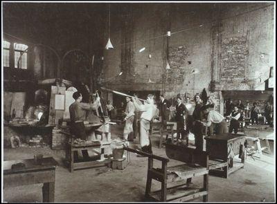 Vittorio Zecchin a lavoro