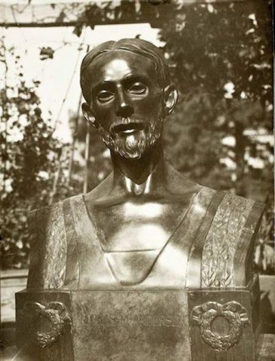 Busto ritratto di Andreas Martin Andersen con la barba
