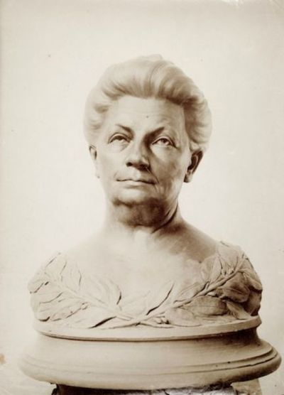 Busto ritratto di Helene Monsen Andersen
