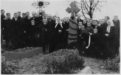 """Nuotrauka """"Kryžius Žemaičių Naumiesčio kapinėse"""""""