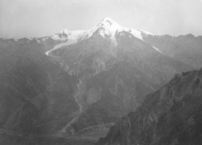 Kaukazo kalnai. Kazbekas