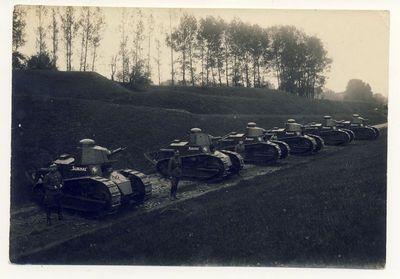 Lietuvos kariuomenės tankai