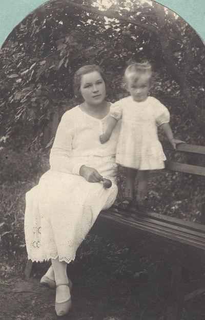 Leokadija Žukauskienė su dukra