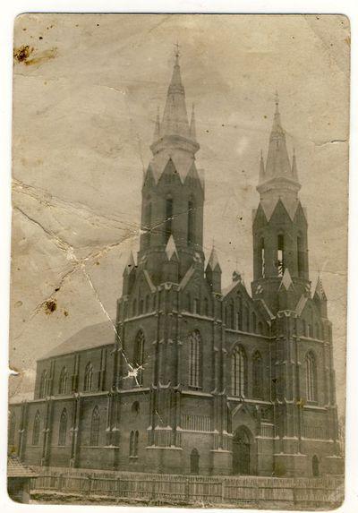 Anykščių šv. Mato bažnyčia