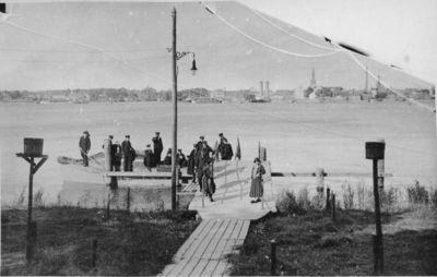 JAV karo laivo įgulos nariai lankosi Smiltynėje