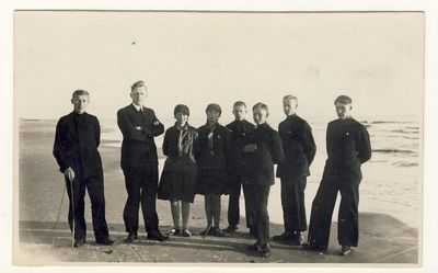 Anykščių vidurinės mokyklos moksleiviai Palangos pajūryje