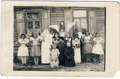 Mičionių pradžios mokyklos mokiniai