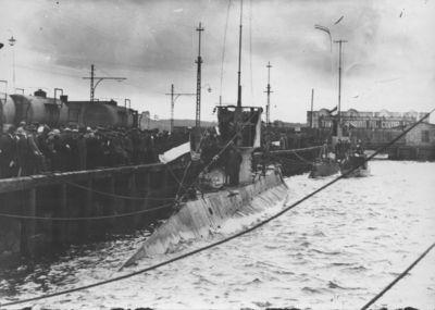 Klaipėda. Nyderlandų karinio jūrų laivyno povandeniniai laivai prie uosto krantinės