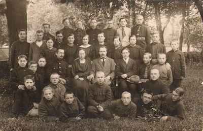 Skapiškio mokytojų kursų lankytojai 1925 metais