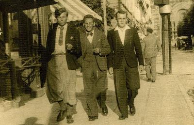 Trijų vyrų fotoportretas