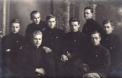 Grupė Panevėžio mokytojų seminarijos seminaristų