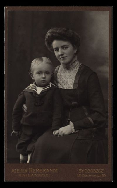 Moteris su berniuku