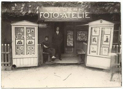A. Pimšteino foto atelje Modern. Marijampolė