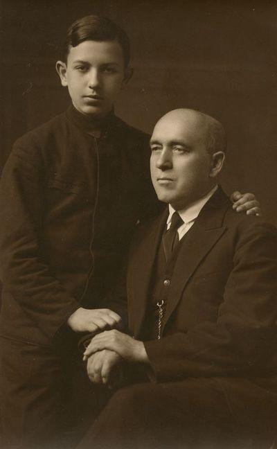 Jurgis Šlapelis su sūnumi Skaistučiu