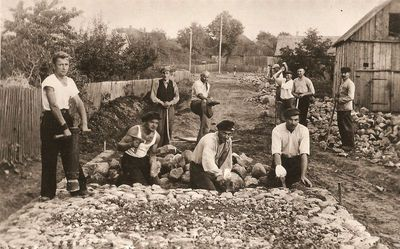 Viena iš Kražių gatvelių grindžiama akmenimis
