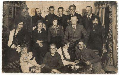 Kvietiškio  žemės ūkio mokyklos dramos būrelio trupė. 1936 m.