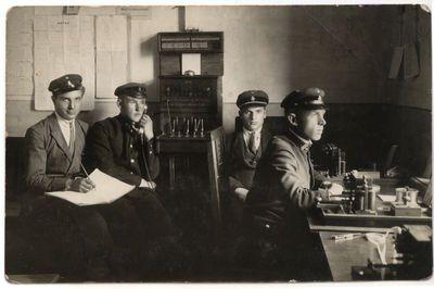 Marijampolės pašto telegrafo stoties darbininkai 1928 m.