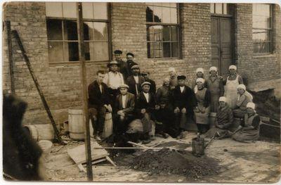 Marijampolės Marijonų vienuolyno baldų fabriko statyba 1929 m.