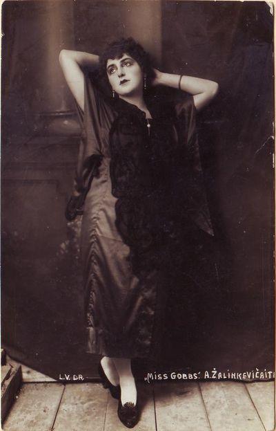 Elena Žalinkevičaitė - Birela Jerome K. Jerome pjesėje Miss Gobbs