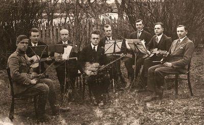 Kražių miestelio styginių orkestras