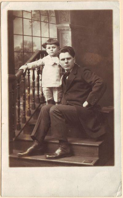 Stasys Šimkus su sūnumi Algiu