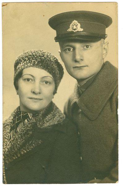 Elzė Portnovienė ir jos sūnus Ernestas