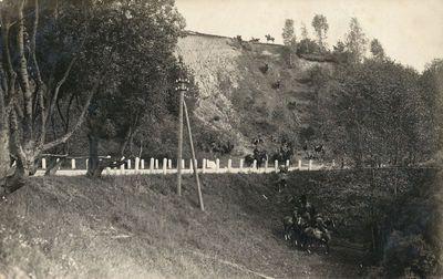 Moksleivių karinis rengimas prie Kaniūkų tilto