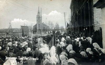 Kretinga. Tautos šventės 1924 m. gegužės 15 d. eisena Turgaus aikštėje